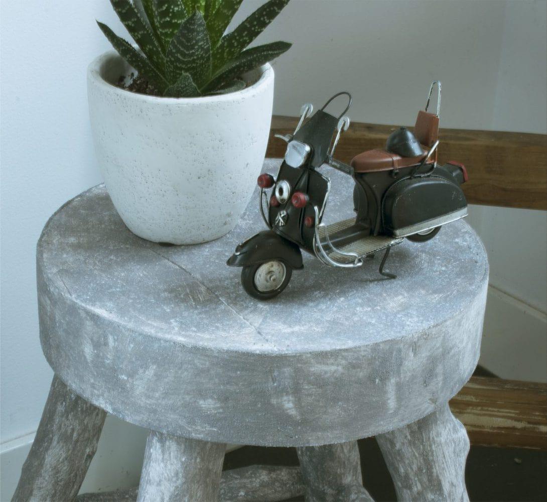diy een betonlook krukje maken my industrial interior