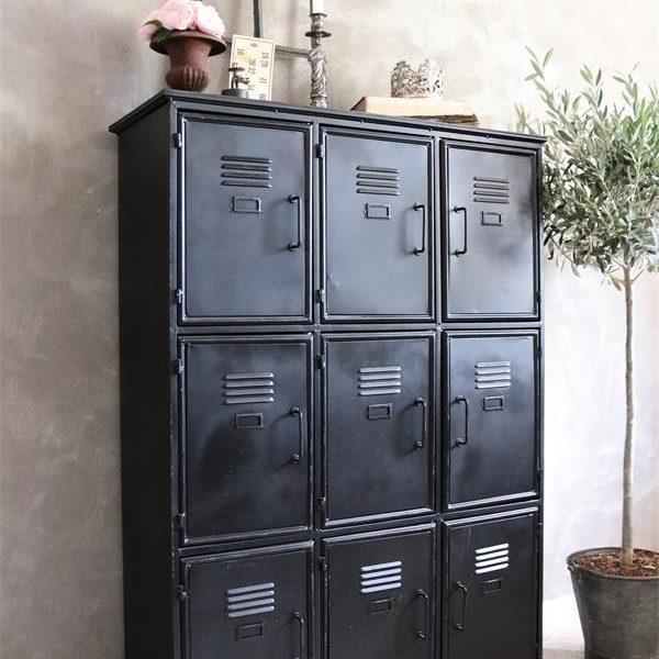 Metalen-locker-Industriele-kast-1