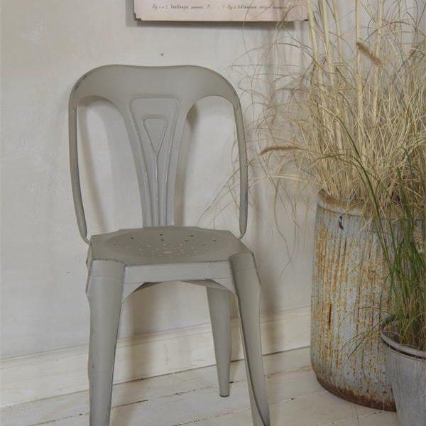 Stoel-2-Taupe-tolix-stoel-metalen-stoel-industrieel-interieur