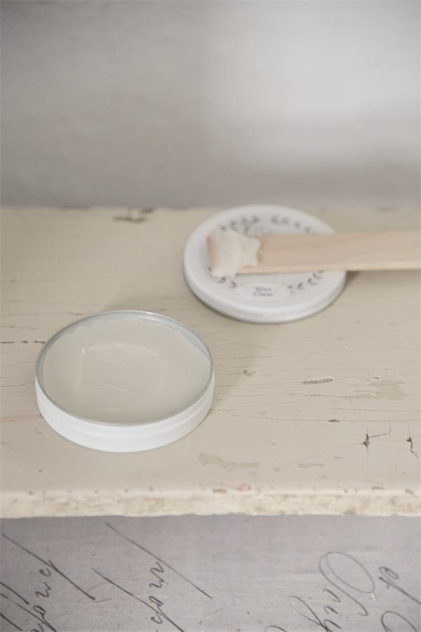 wax aanbrengen op krijtverf-krijtverf lakken-matte lak over krijtverf-krijtverf aflakken-krijtverf afwerken-krijtverf beschermlaag-krijtverf beschermen-wax gebruiken-krijtverf wax-wax krijtverf-wax aanbrengen-wax aanbrengen op krijtverf-krijtverf en wax-wax over krijtverf-wax voor krijtverf transparante wax