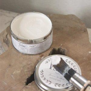 wax aanbrengen op krijtverf-krijtverf lakken-matte lak over krijtverf-krijtverf aflakken-krijtverf afwerken-krijtverf beschermlaag-krijtverf beschermen-wax gebruiken-krijtverf wax-wax krijtverf-wax aanbrengen-wax aanbrengen op krijtverf-krijtverf en wax-wax over krijtverf-wax voor krijtverf witte wax