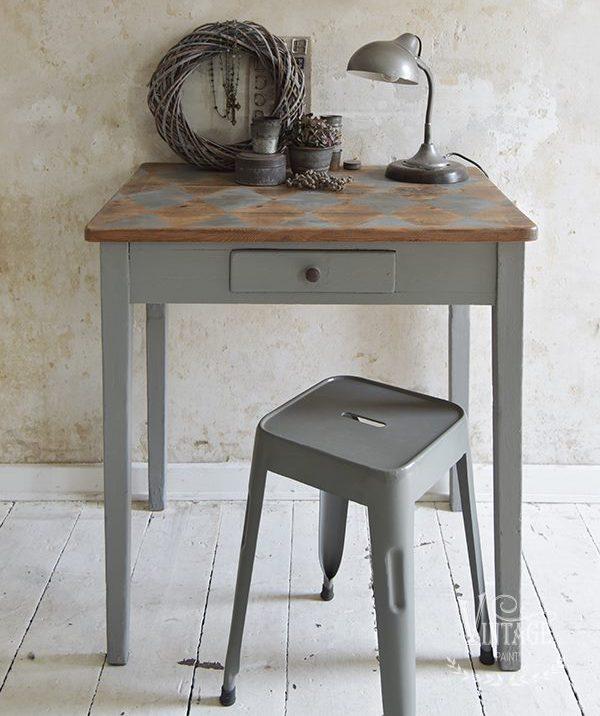 Grijze-krijtverf-taupe-krijtverf-soft-linen-krijtverf-muur-meubels-krijtverf-krijtverf-aanbrengen