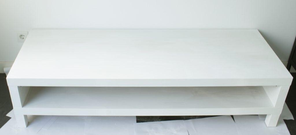 DIY-Betonlook-tv-meubel-betonlook-verf-betonlook-meubels-betonlook-verf-aanbrengen-primer-geschuurd