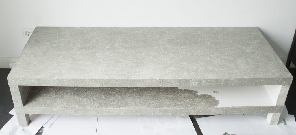 DIY-Betonlook-tv-meubel-betonlook-verf-betonlook-meubels-betonlook-verf-aanbrengen-stap-8