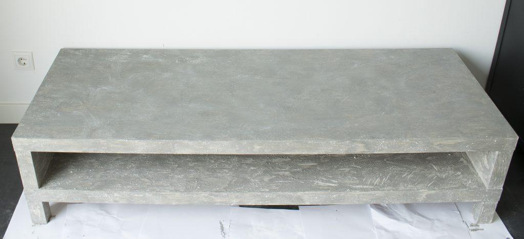 DIY-Betonlook-tv-meubel-betonlook-verf-betonlook-meubels-betonlook-verf-aanbrengen-stap-20