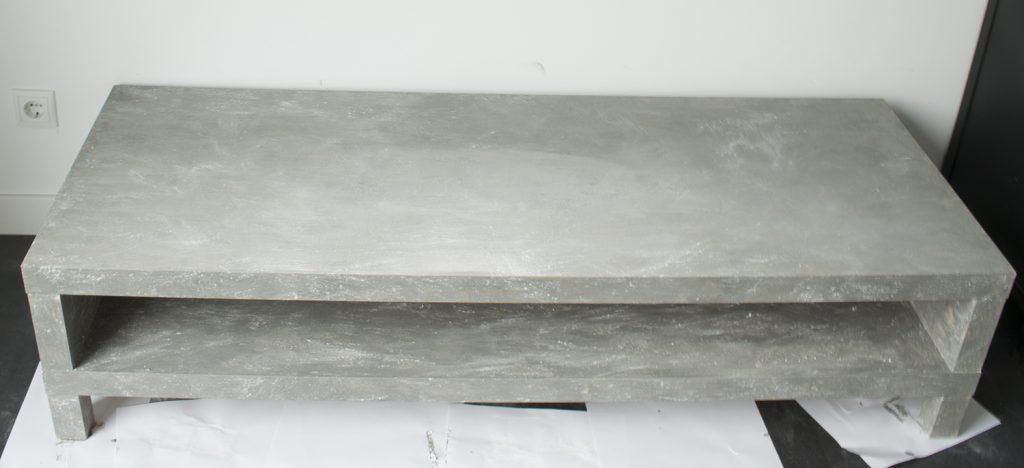 DIY-Betonlook-tv-meubel-betonlook-verf-betonlook-meubels-betonlook-verf-aanbrengen-stap-26
