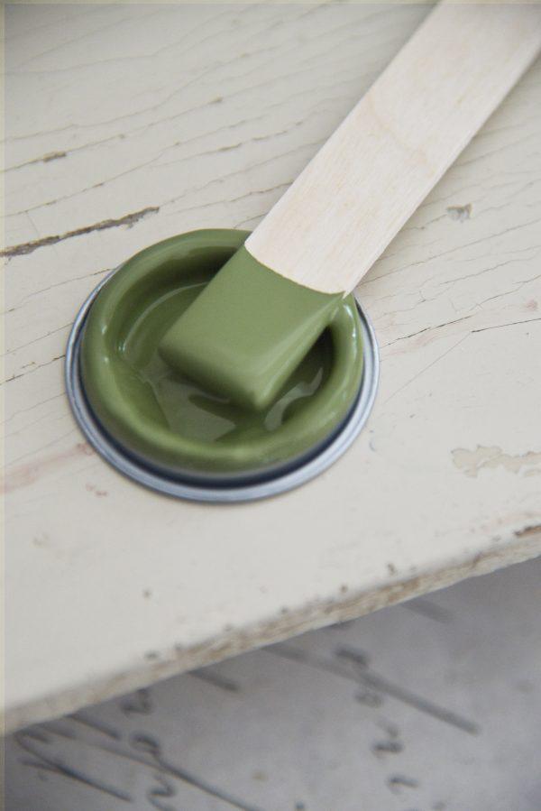 Olive-green-groene-krijtverf-krijtverf-aanbrengen-krijtverf-kast