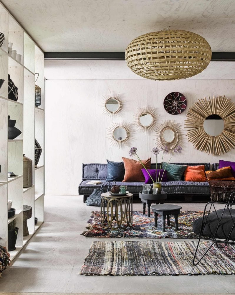 Hoe-richt-ik-een-nieuwouwhuis-interieur-in-bohemien-interieur-kleurrijk-loungehoek