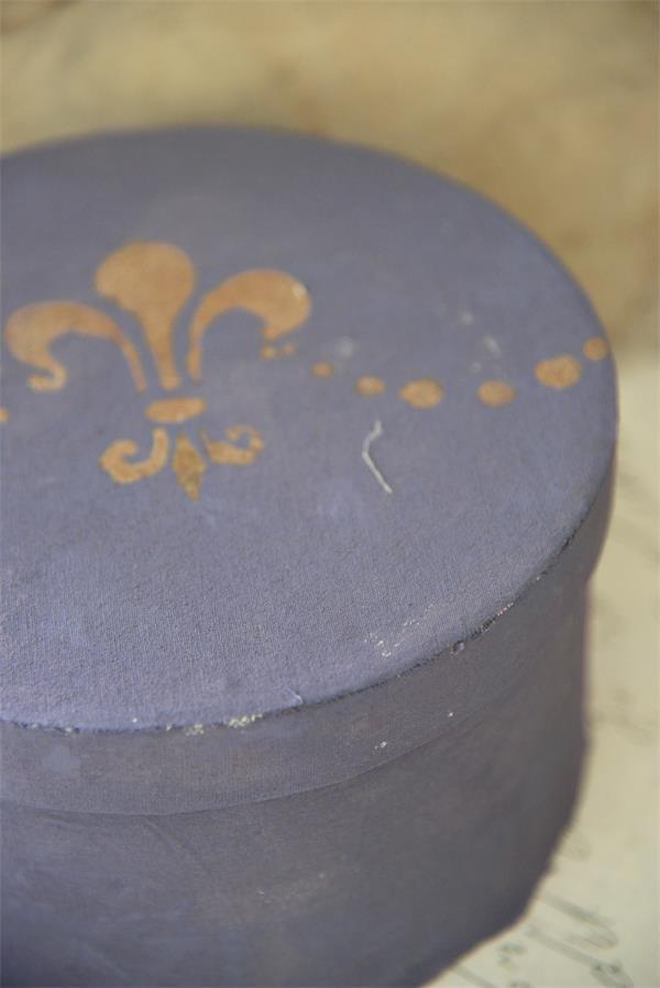 Paarse-krijtverf-blauwe-krijtverf-dark-lavender
