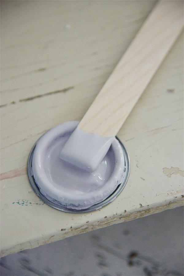 Paarse-krijtverf-faded-lavender
