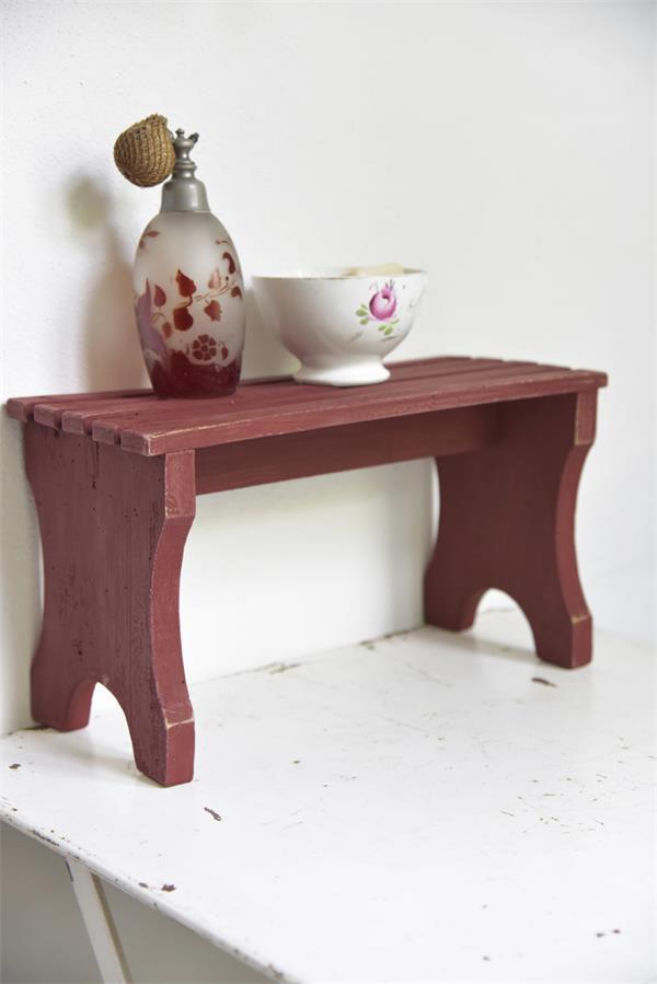 Rode-krijtverf-rusty-red krijtverf aanbrengen krijtverf accessoires krijtverf inspiratie