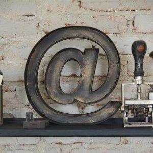 metalen letters industriele letters wanddecoratie metaal industriele inrichting woonkamer industriele accessoires industriele woonaccessoires woonaccessoires industrieel industrieel interieur accessoires industrieel accessoires oude industriele accessoires industriele decoratie