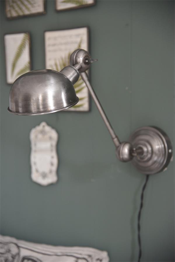 Metalen lamp industriële lamp stoere tafellamp Jieldé lamp metalen wandlamp industriële wandlamp