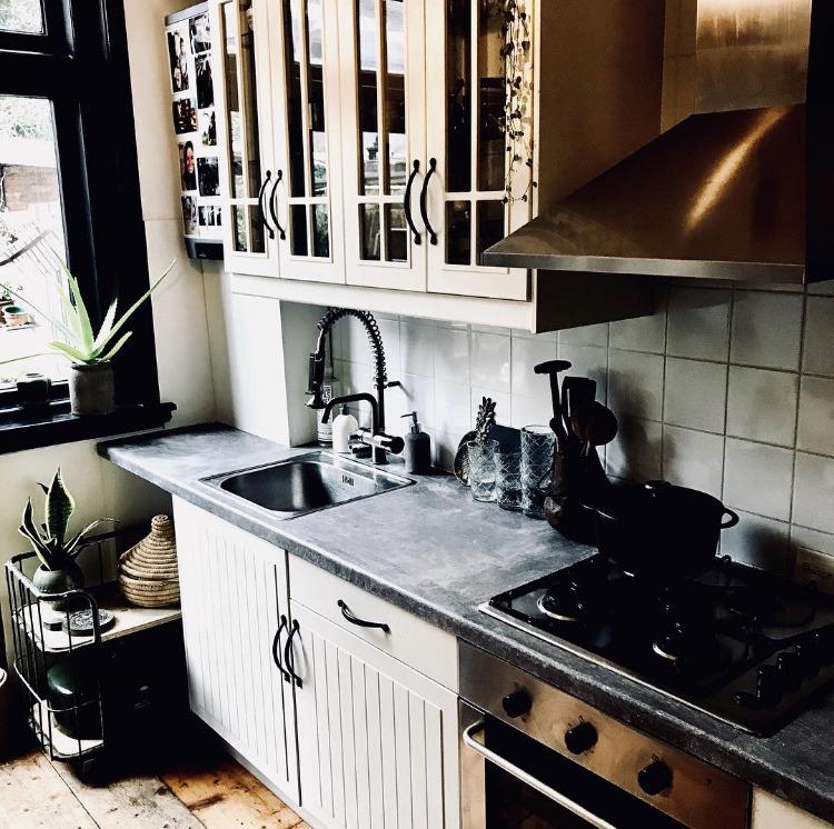 Betonlook-aanrechtblad-betonlook-keukenblad-betonlook-keuken