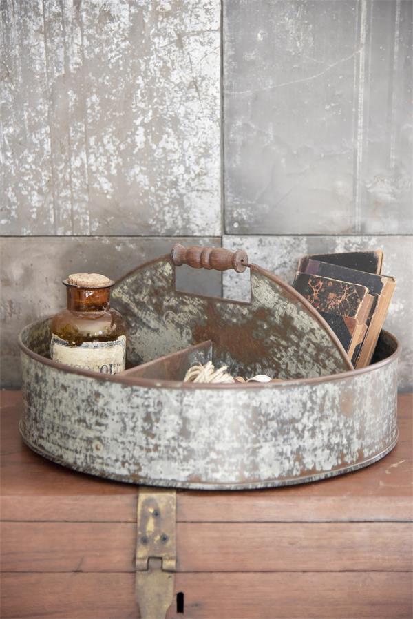 Metalen-dienblad-industriele-accessoire-metalen-decoratie-industriele-woonaccessoires