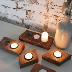 Industriele-decoratie-oud-houten-decoratie-industriele-woonaccessoires-kaarshouder-waxinelichthouder
