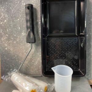 Accessoire set voor 2 componentenlak met lakrollers
